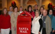 Christmas-Group-mail-box